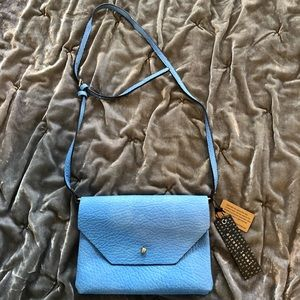 NWT Street level leather crossbody bag - blue